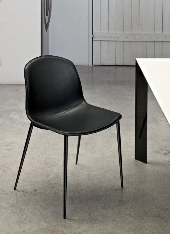 Seventy F chair from Bontempi, designed by Daniele Molteni