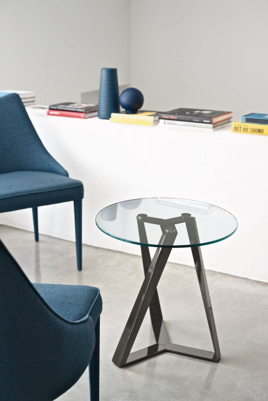 Millennium E end table from Bontempi