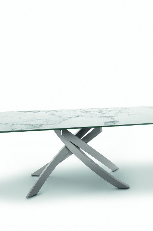 Artistico dining table from Bontempi