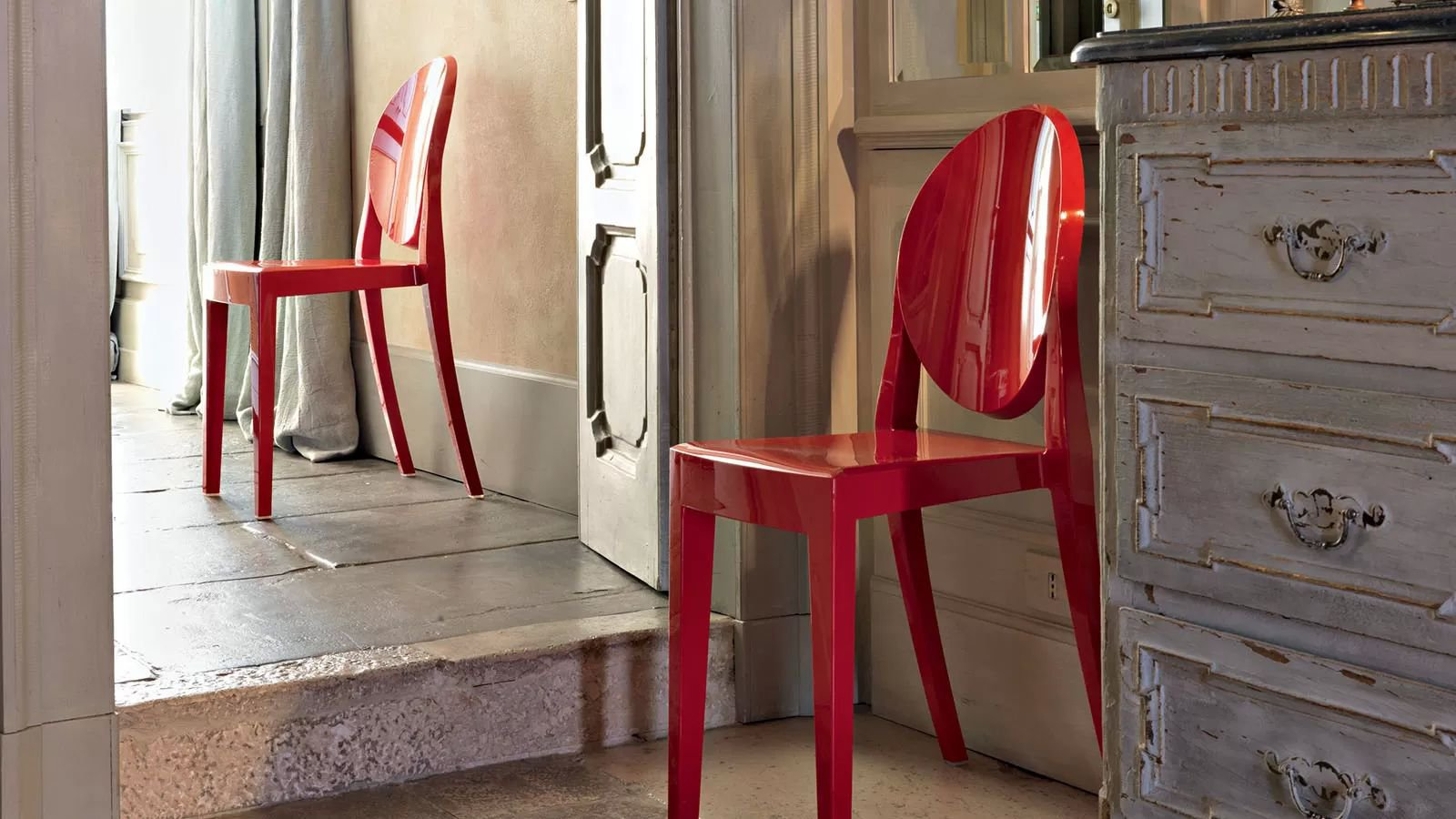 Victoria Ghost chair from Kartell, designed by Philippe Starck
