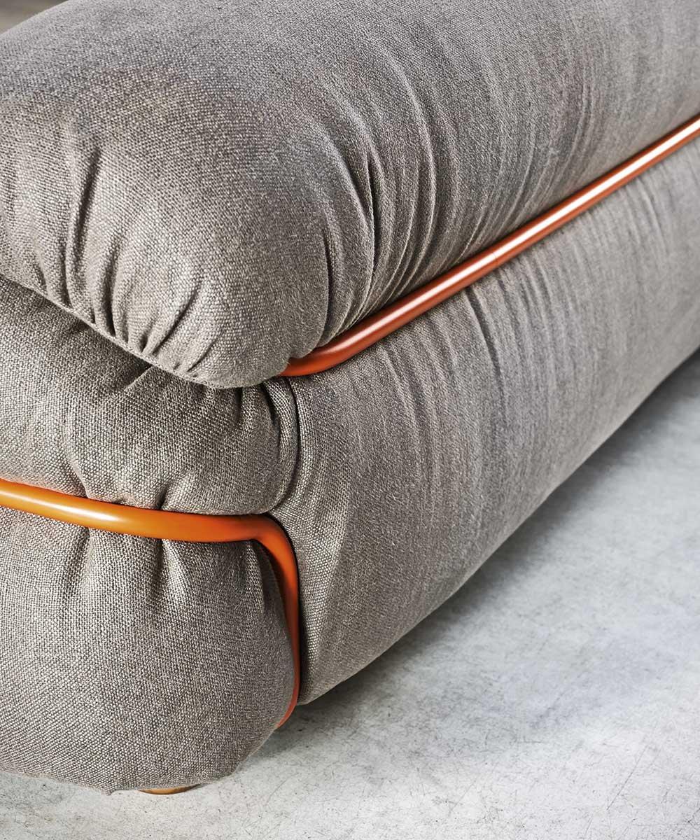 Sesann Sofa from Tacchini, designed by Gianfranco Frattini