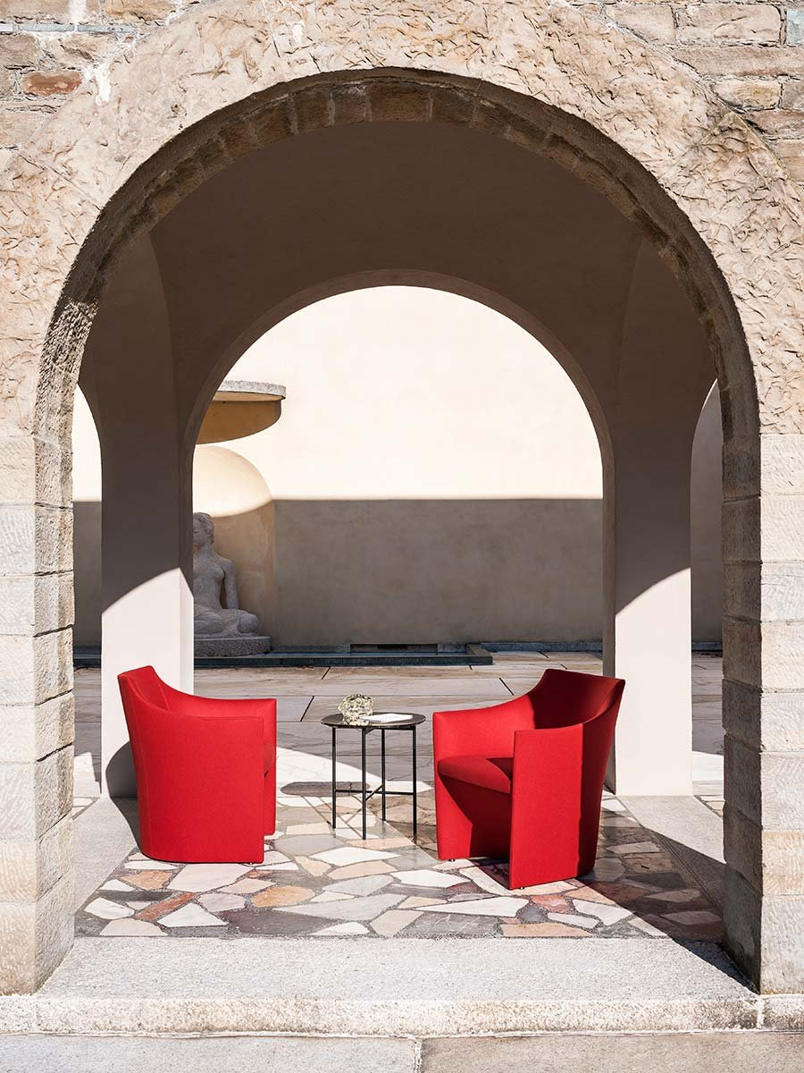 Mayfair Armchair lounge from Tacchini
