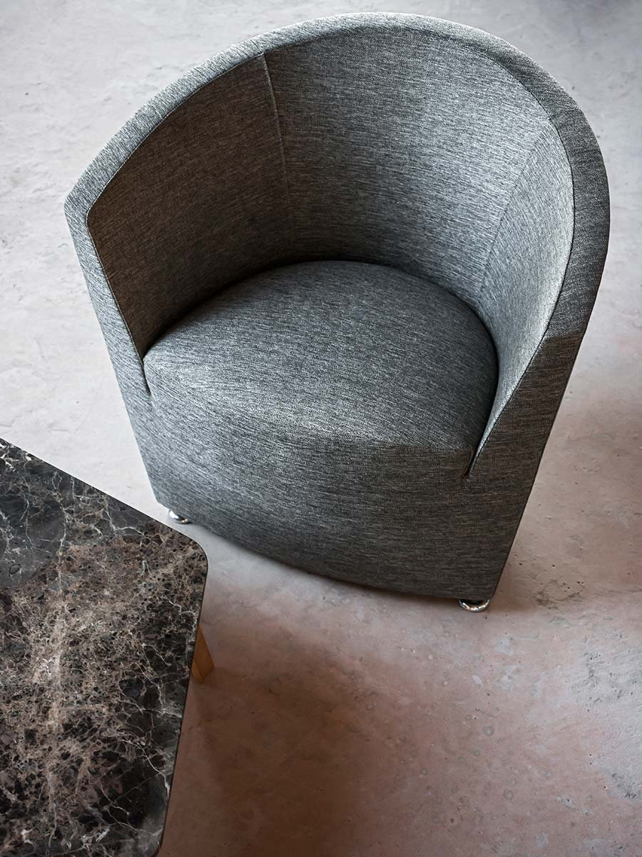 Parentesi Armchair lounge from Tacchini