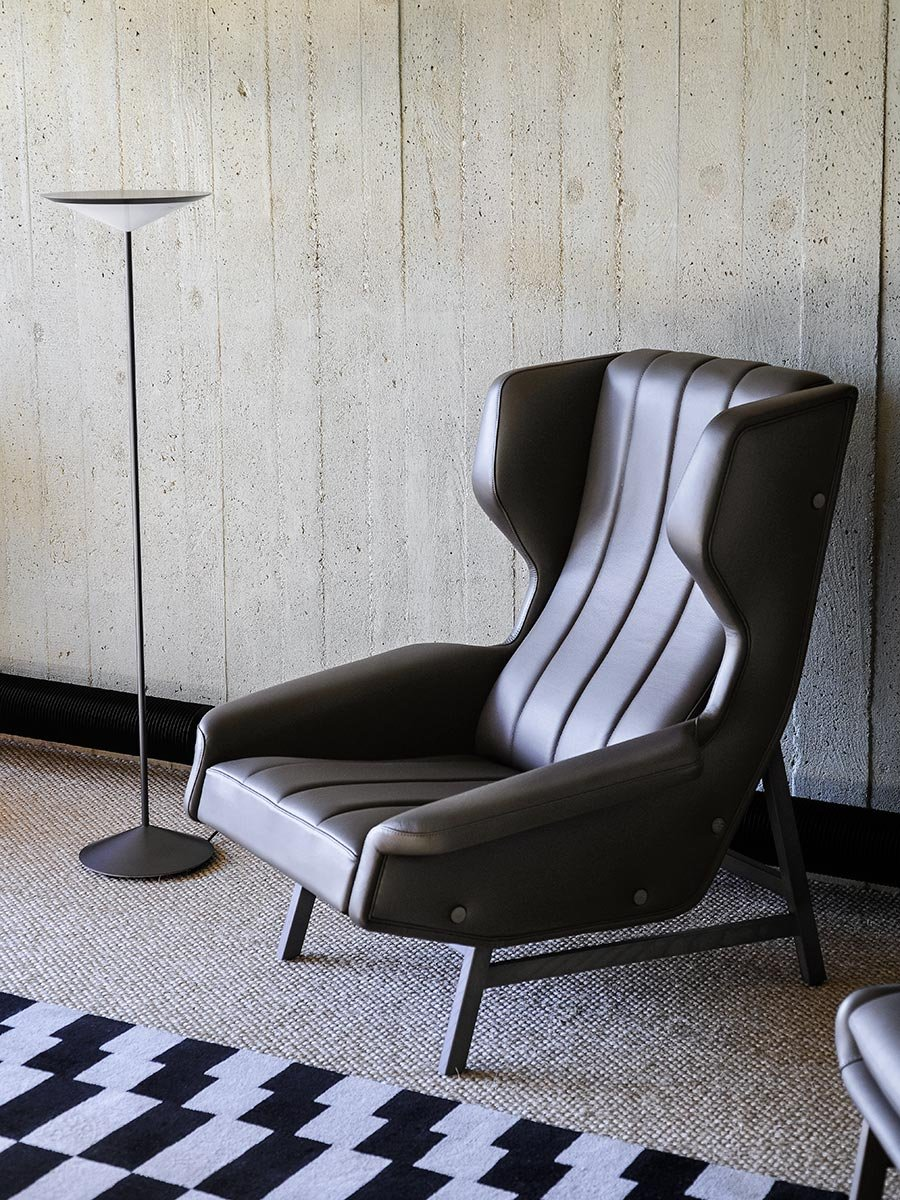 Giulia Armchair lounge from Tacchini, designed by Gianfranco Frattini