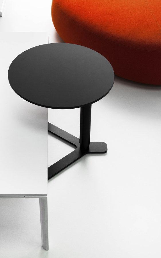 Yo Side Table end from lapalma, designed by Romano Marcato