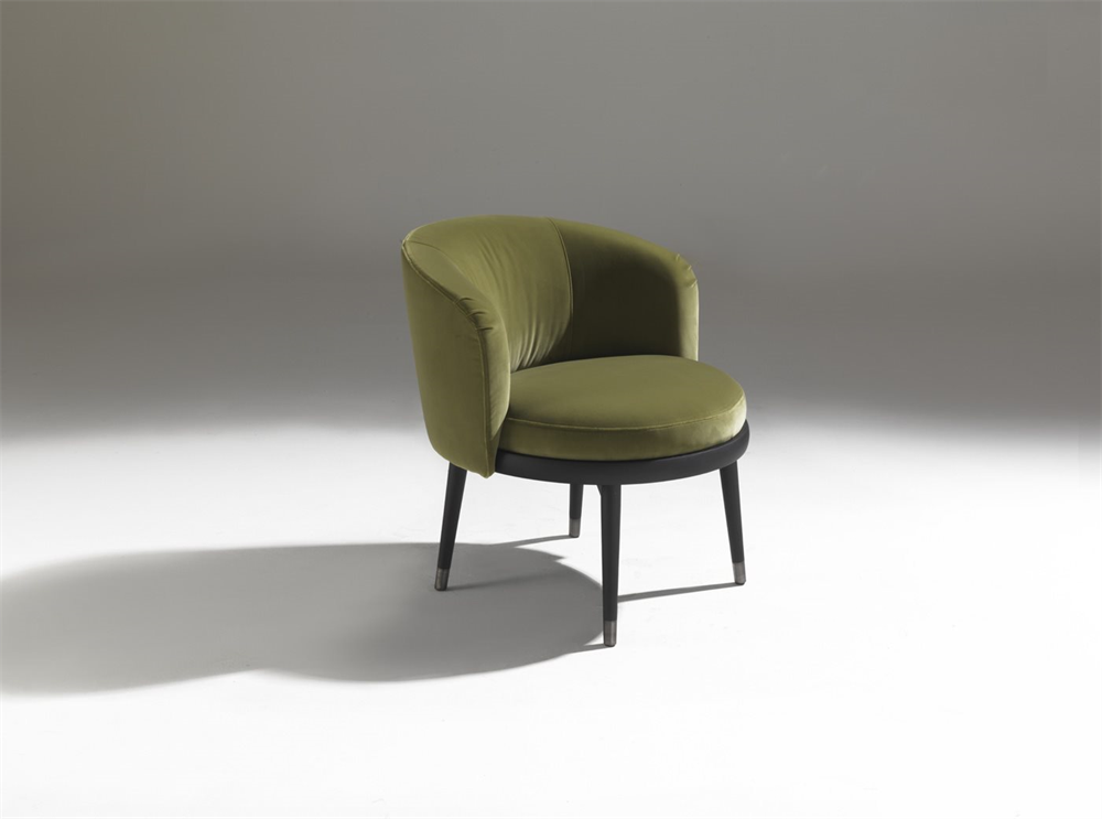 Daphne Armchair lounge from Porada, designed by E. Garbin - M. Dell'Orto