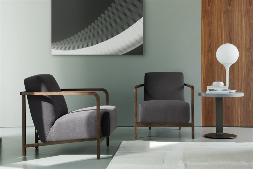 Gilda Easy Chair lounge from Porada, designed by T. Colzani