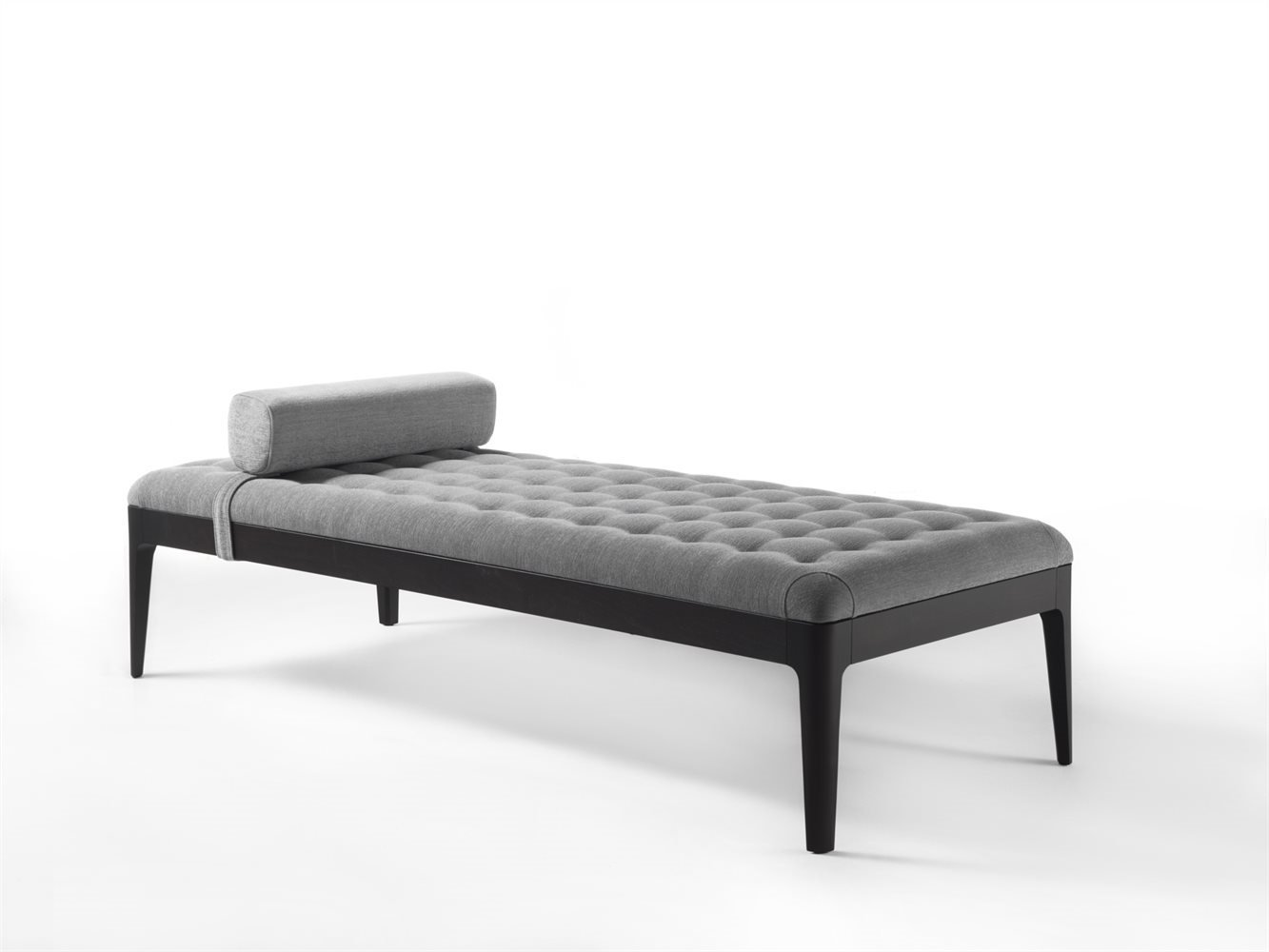 Webby Day Bed from Porada