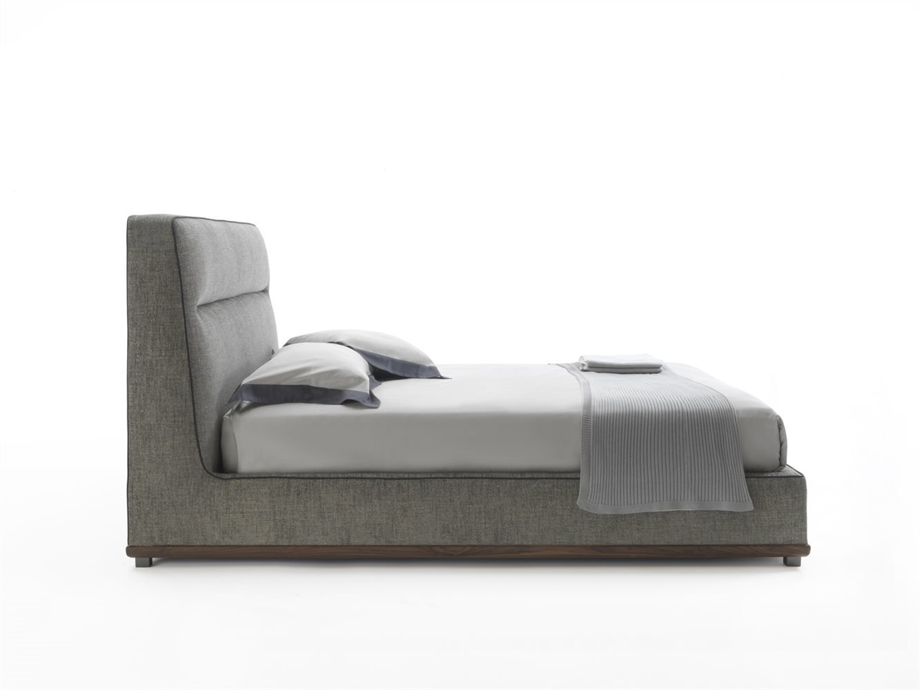 Kirk bed from Porada, designed by C. Ballabio