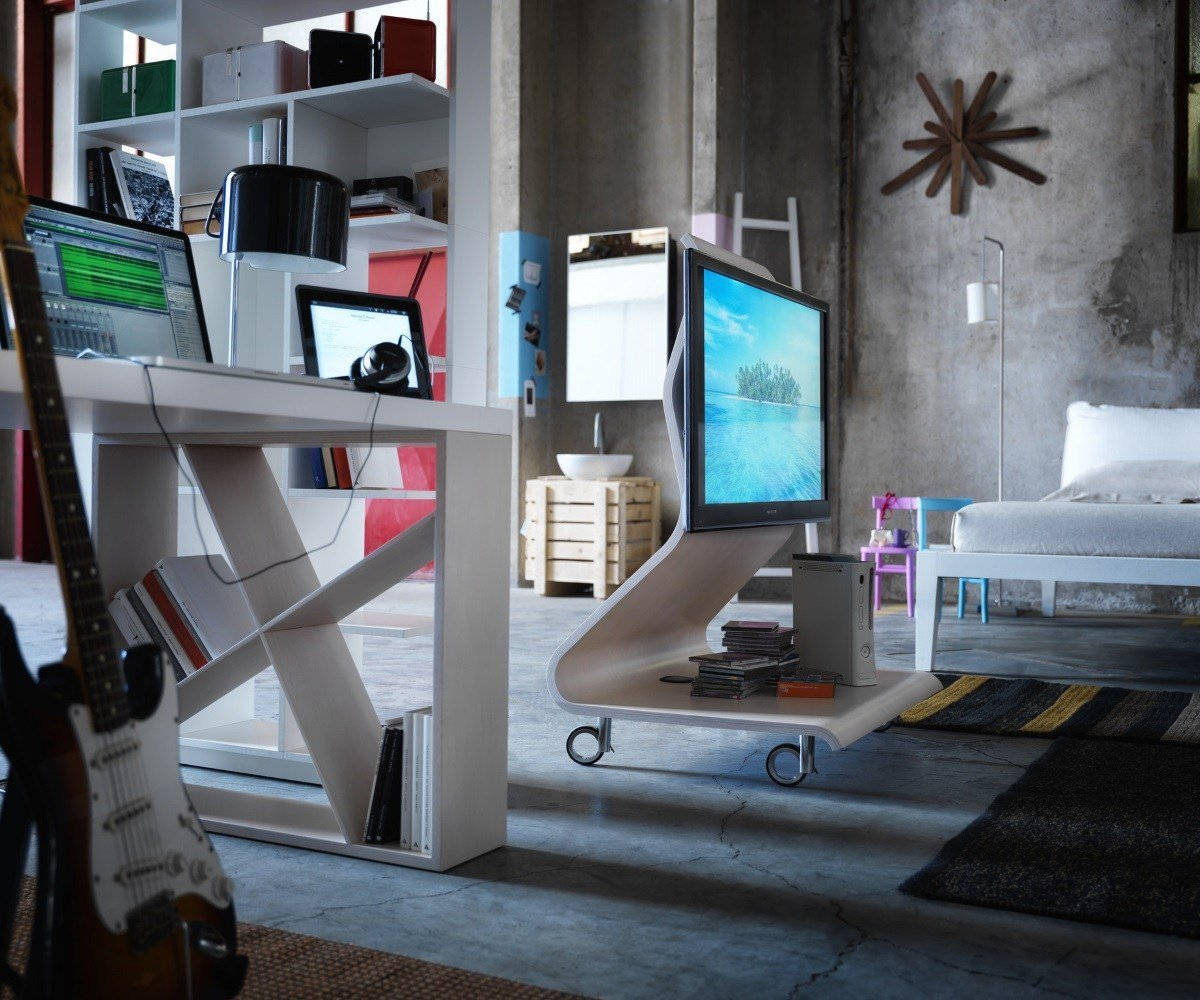 Cobra TV Stand unit from Horm, designed by Mario Bellini