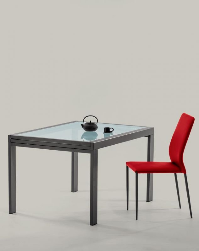 Sky, dining table from Bontempi
