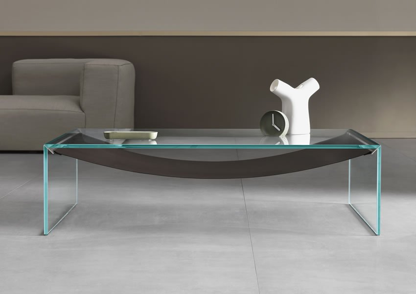 Amaca coffee table from Tonelli, designed by Calvi Brambilla