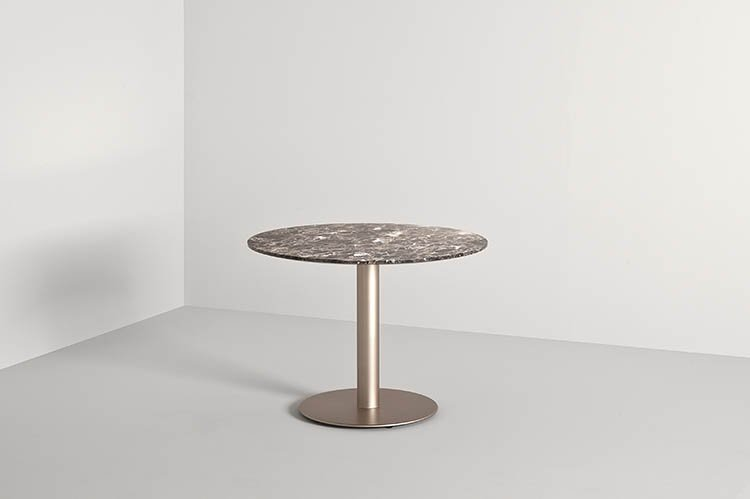 Doni 62 Coffee Table from Frag, designed by Giofra