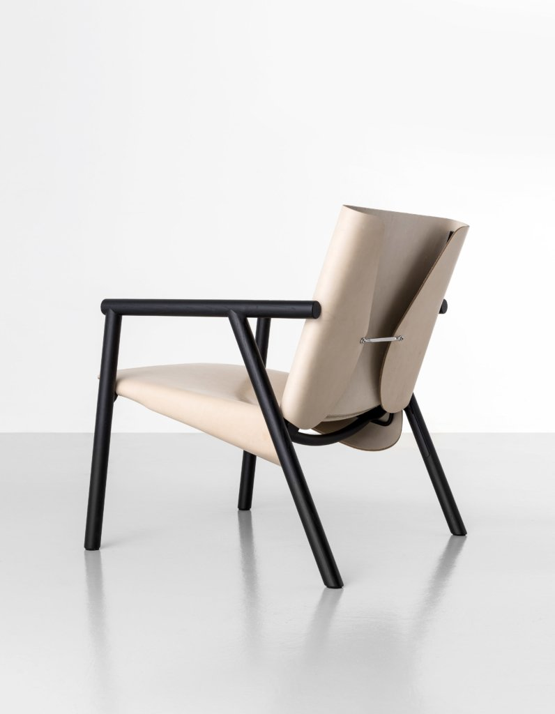 1085 Edition Lounge chair from Kristalia