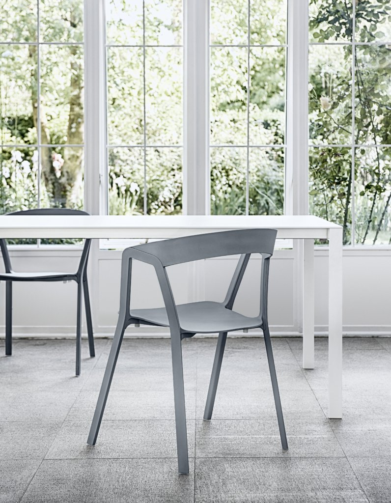 Compas Chair from Kristalia