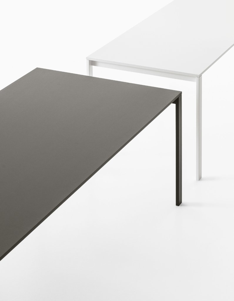 be-Easy Table dining from Kristalia, designed by Bluezone