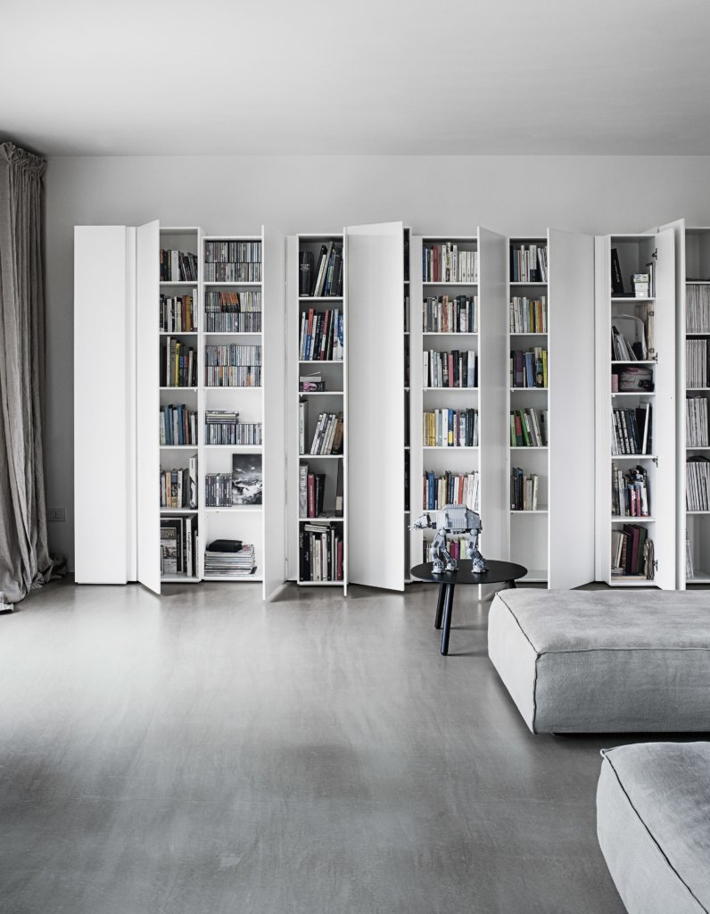 Blio Bookcase from Kristalia