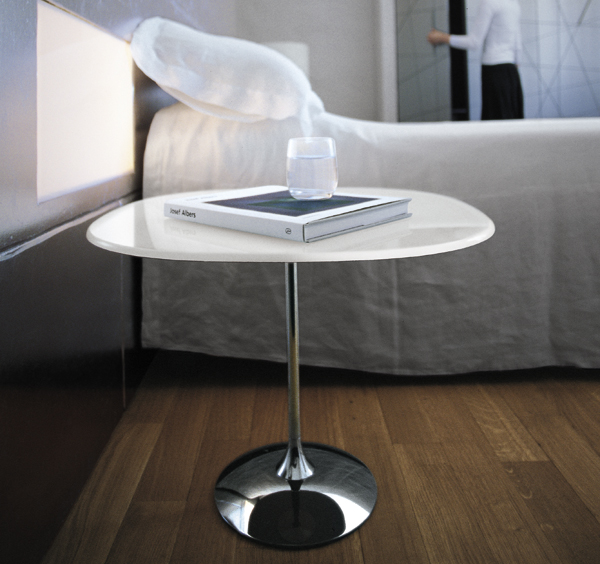 Tulip Round end table from Sovet