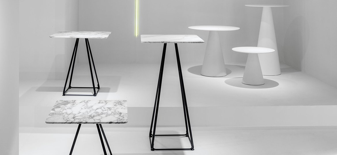 Lunar 5440 Table bar from Pedrali, designed by Pio and Tito Toso