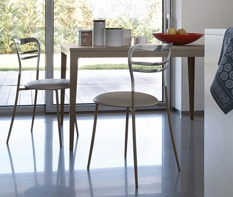 Wind 130 Dining Table from DomItalia