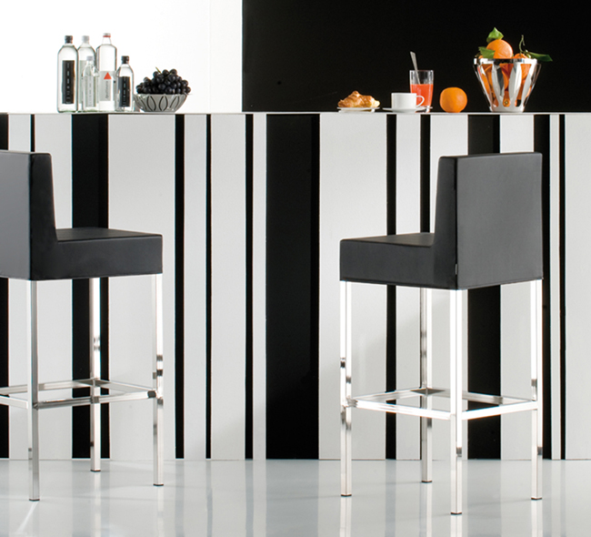 Cube XL 1461 stool from Pedrali, designed by Pedrali R&D