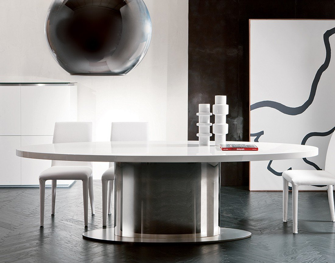 Ellys Dining Table from Pacini & Cappellini