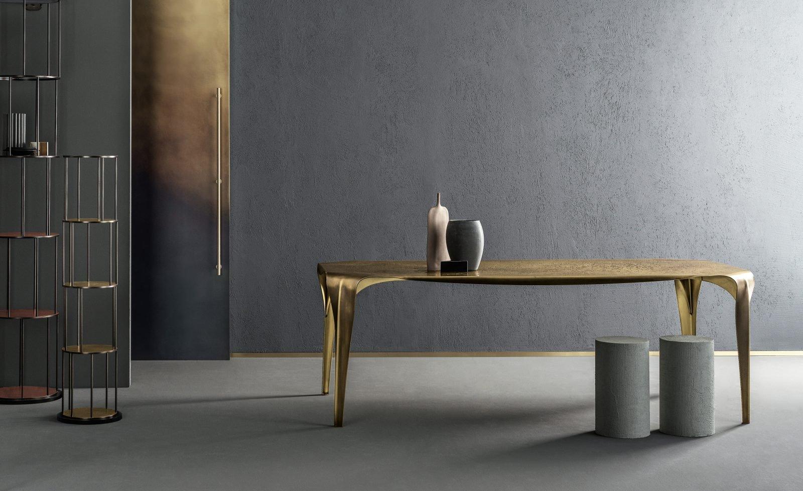 Convivium Table dining from De Castelli