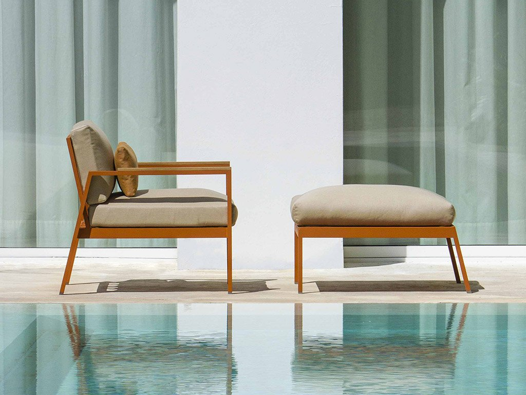 Timeless Lounge Chair from Gandia Blasco, designed by Jose Gandía-Blasco Canales