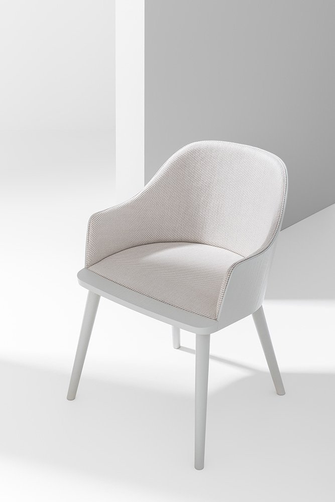 Fitt Classic Chair from Billiani, designed by Victor Carrasco
