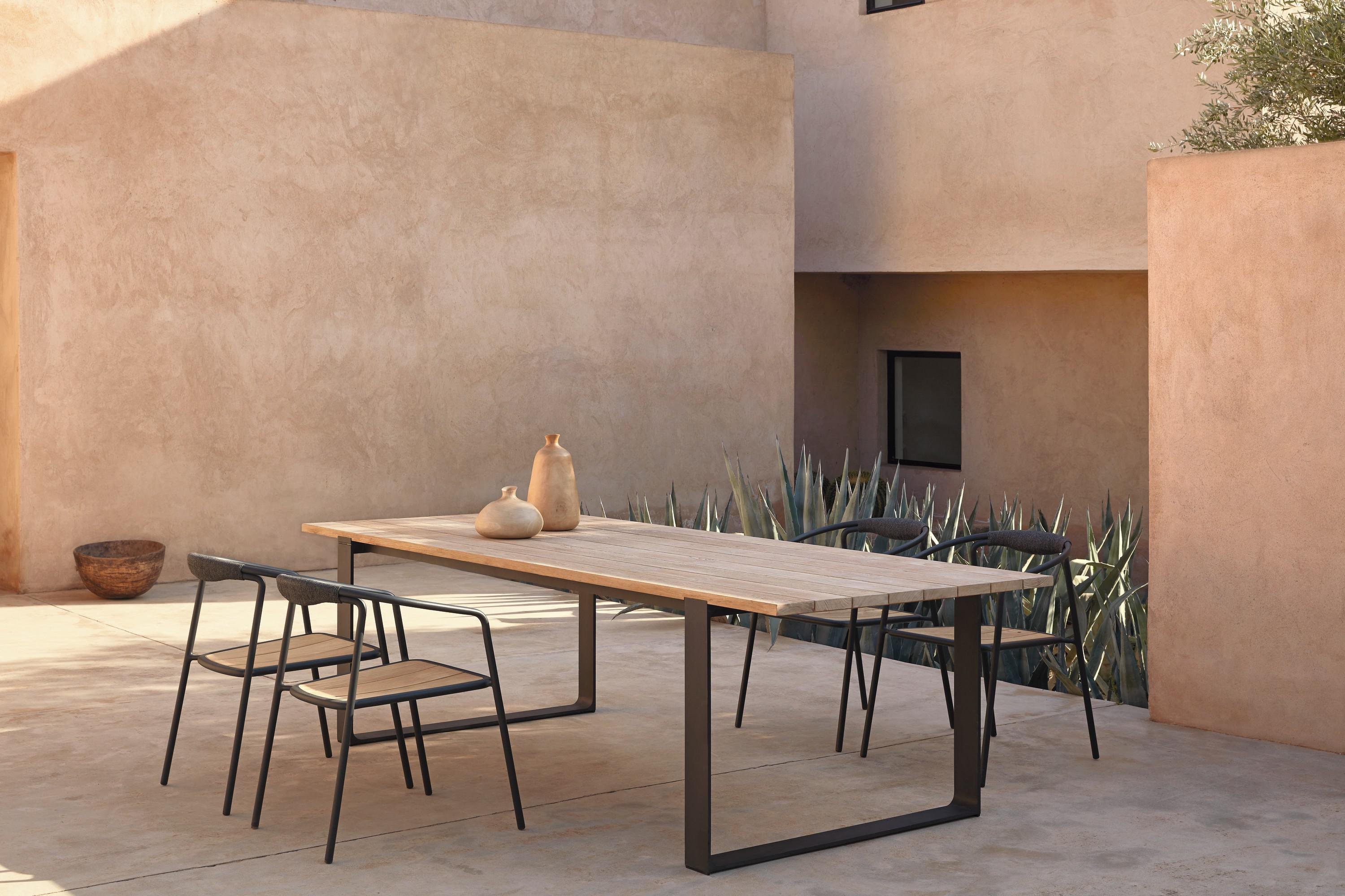 Prato Dining Table from Manutti, designed by Stephane De Winter
