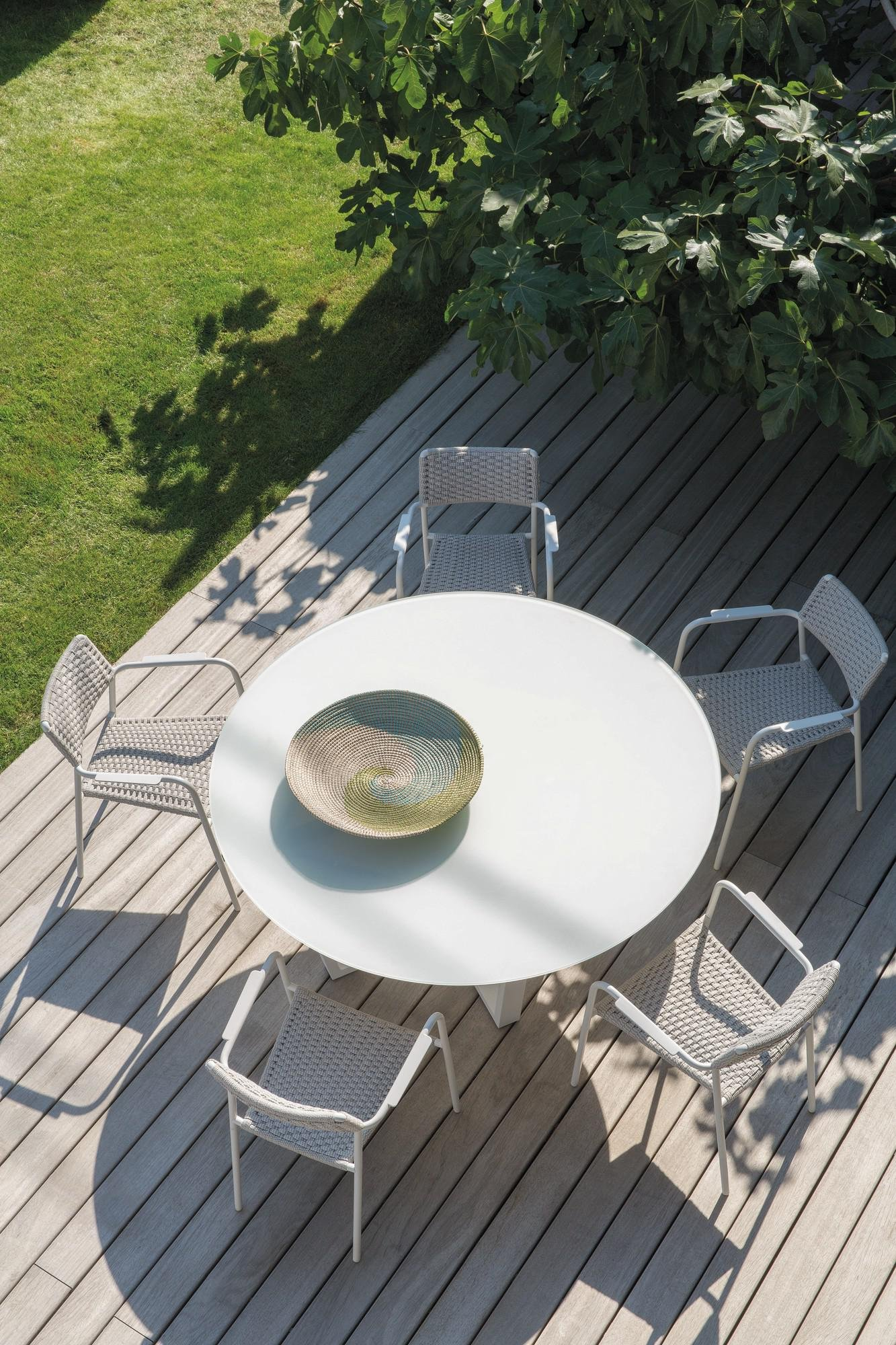 Fuse Round Dining Table from Manutti, designed by Stephane De Winter