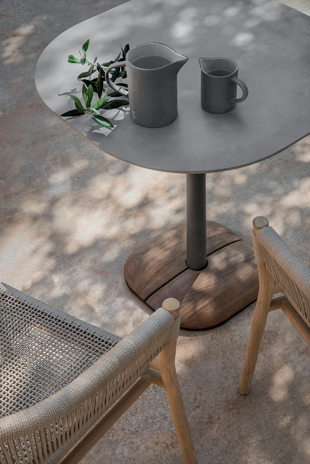 Enjoy Dining Table from Ethimo
