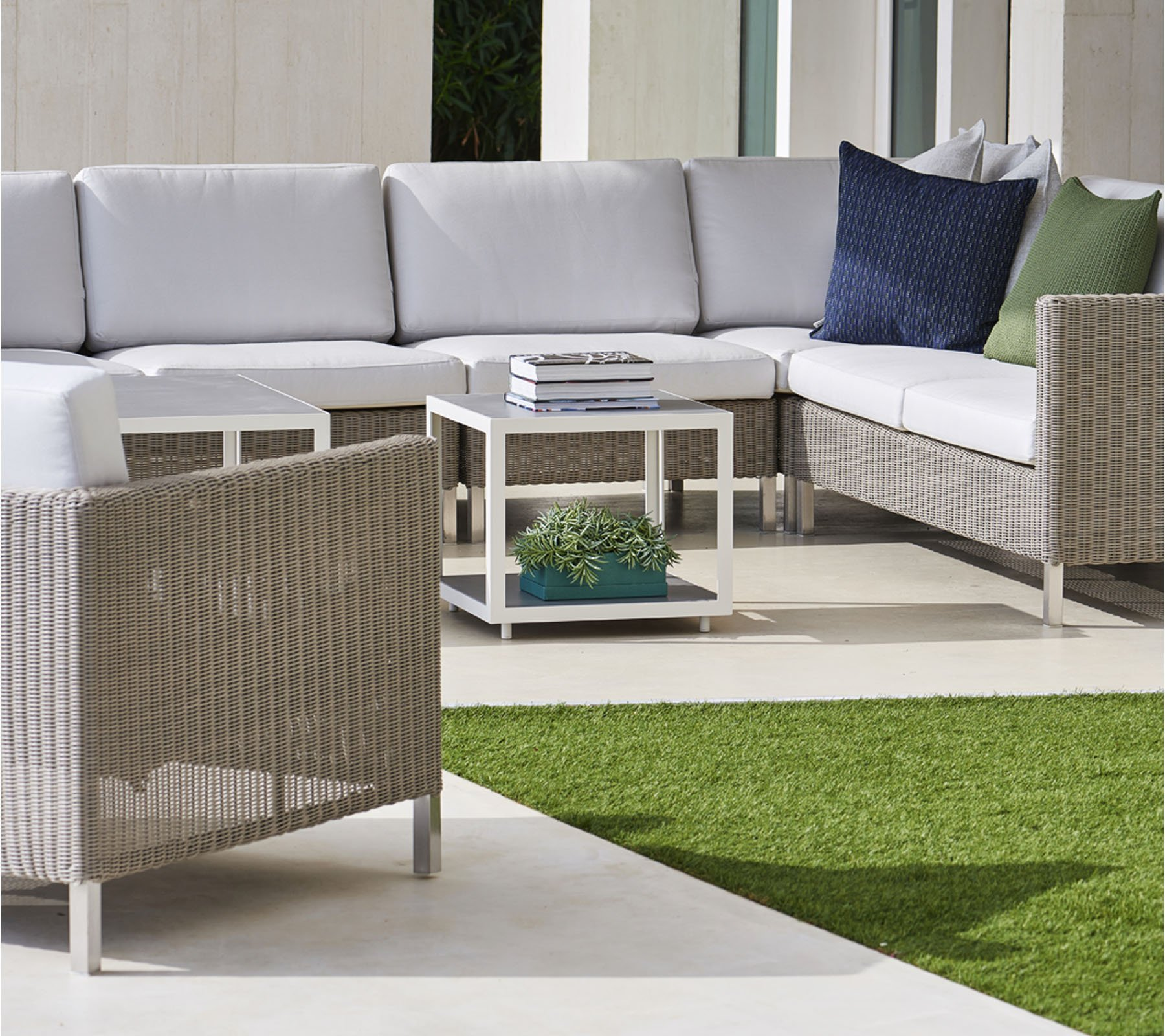 Connect Single Seat Module Sofa modular from Cane-line, designed by Cane-line Design Team
