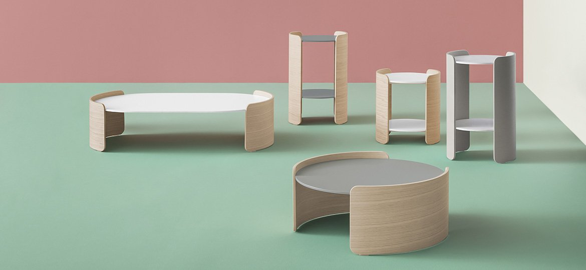 Parenthesis end table from Pedrali