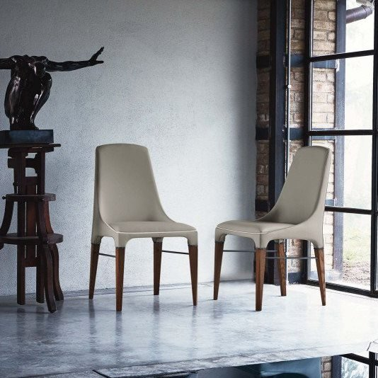 Kelly chair from Bontempi, designed by Marco Corti