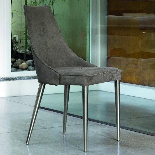 Clara M chair from Bontempi, designed by  R&D Bontempi Casa