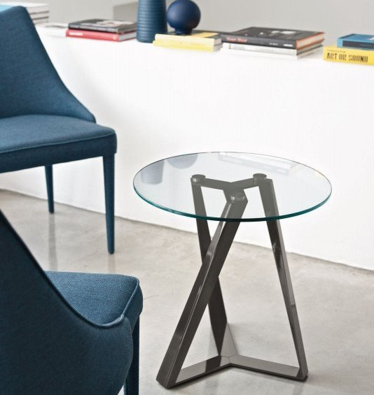 Millennium E end table from Bontempi, designed by Dondoli and Pocci