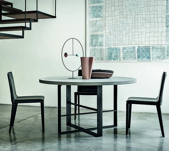Atelier 140 Dining Table from Frag, designed by Mist-O