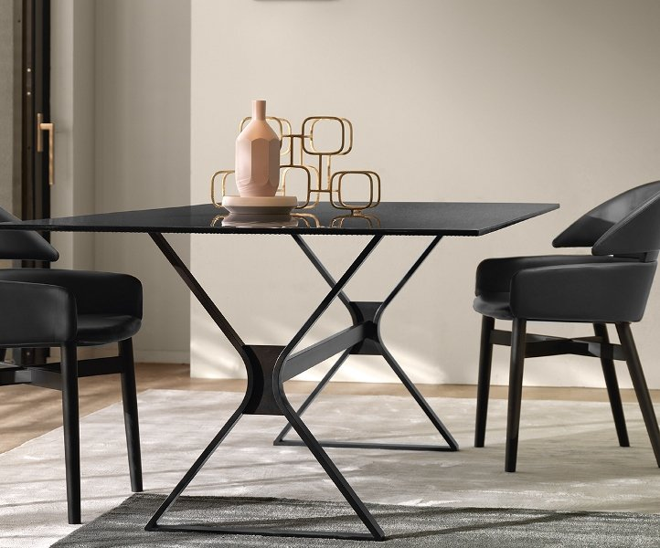 Hype Table dining from Fiam, designed by Studio Klass