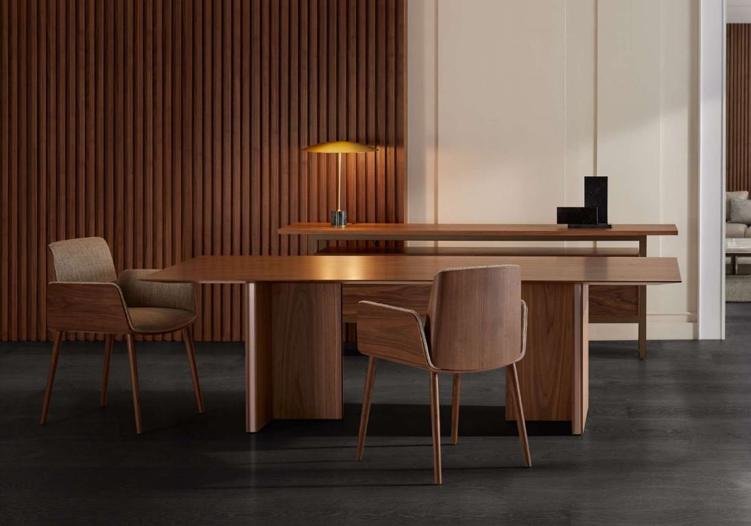Stockholm Table conference from Punt Mobles, designed by Mario Ruiz