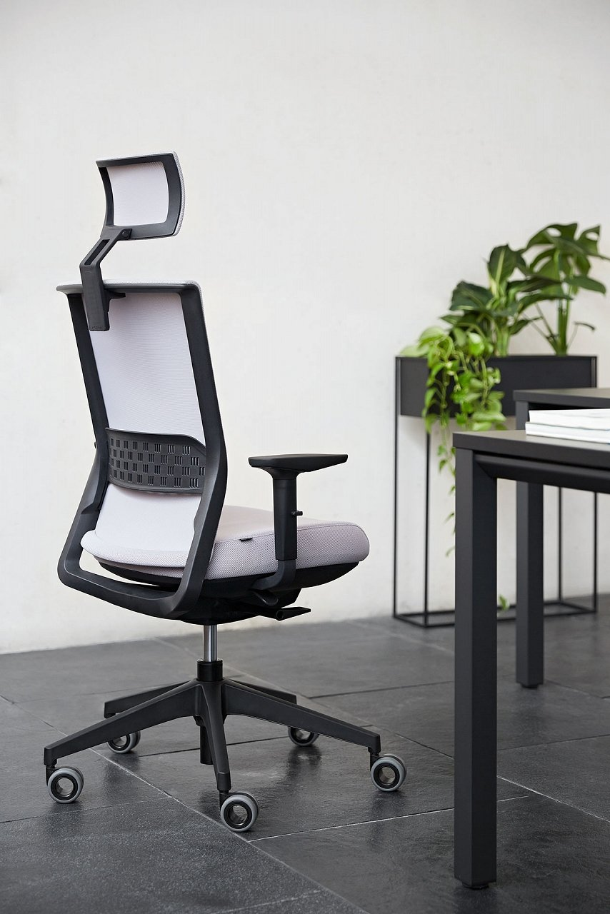 Stay Chair office from Actiu