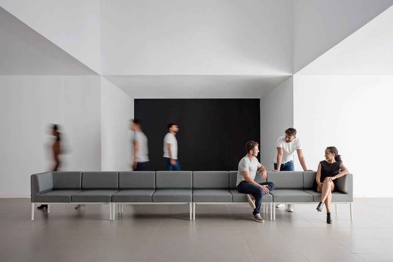 Longo Lounge Seating lounger from Actiu