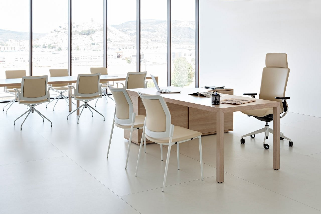 Prisma Desk from Actiu
