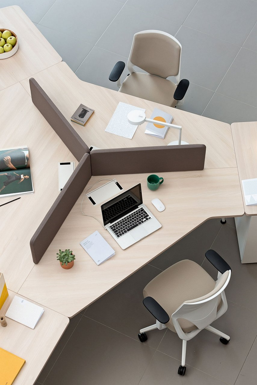 Twist Desk from Actiu