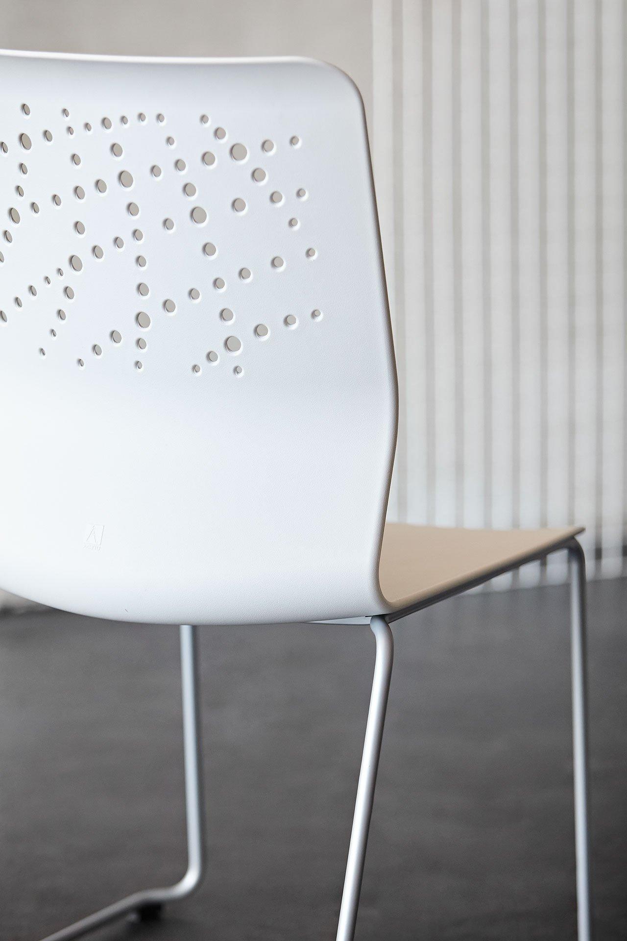 Urban Block Chair from Actiu, designed by Javier Cunado