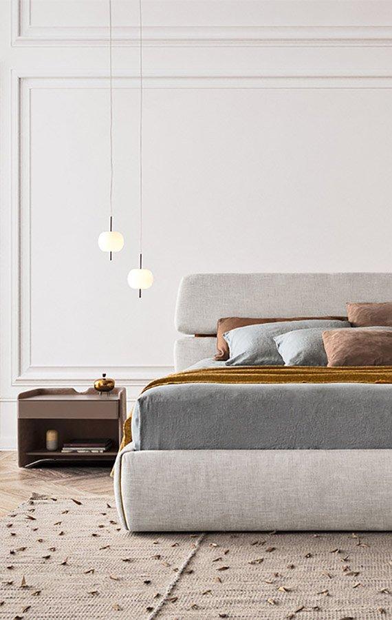 Rialto Bed from Pianca, designed by E. Gallina