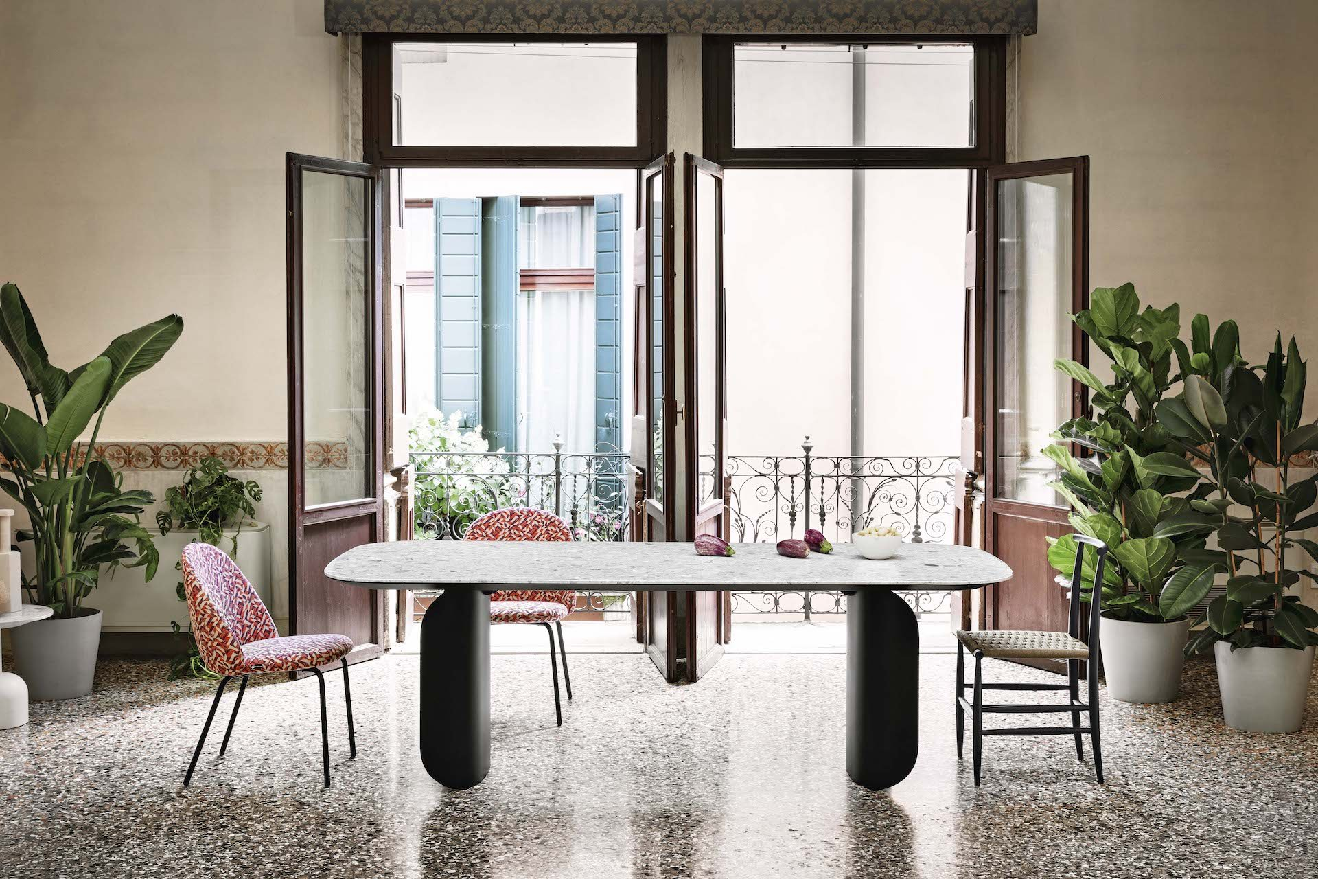 Barry Dining Table from Miniforms, designed by Alain Gilles
