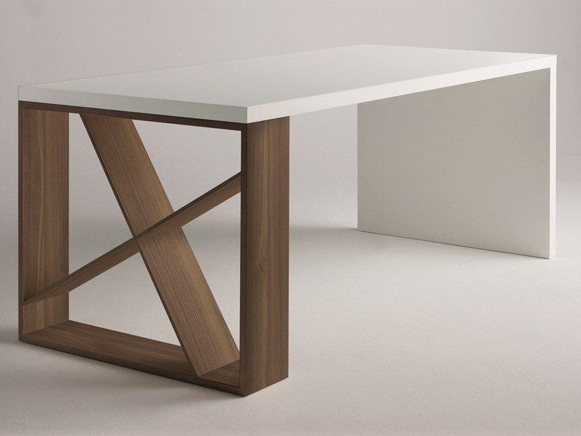 J Table desk from Horm, designed by Jean-François Gomrée
