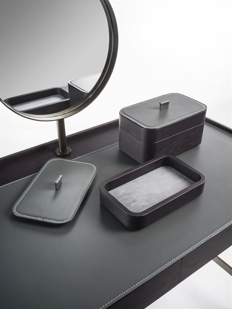 Dafto Dressing Table from Porada, designed by S. Tollgard