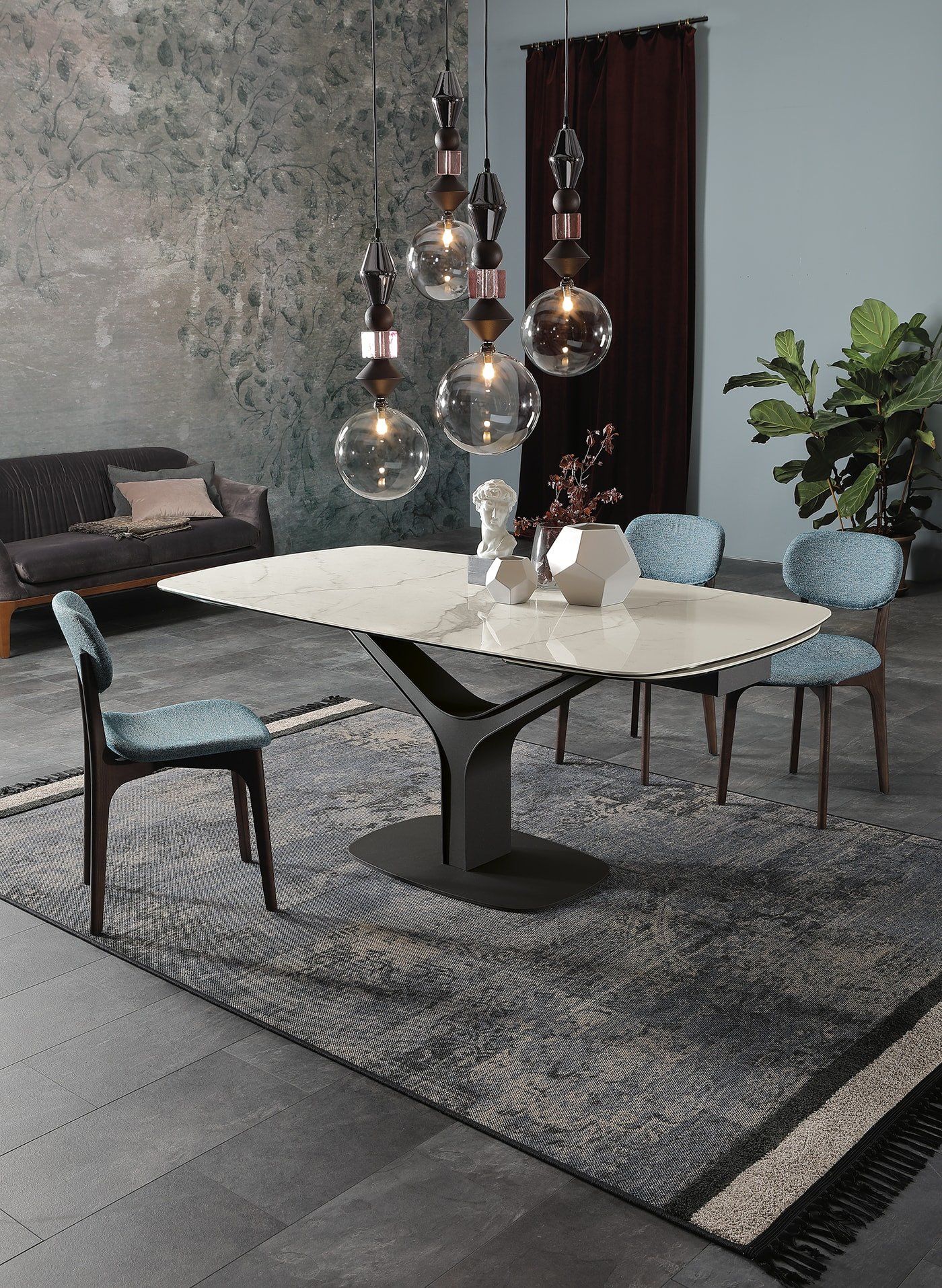 Ariston Table dining from Tonin Casa, designed by Angelo Tomaiuolo